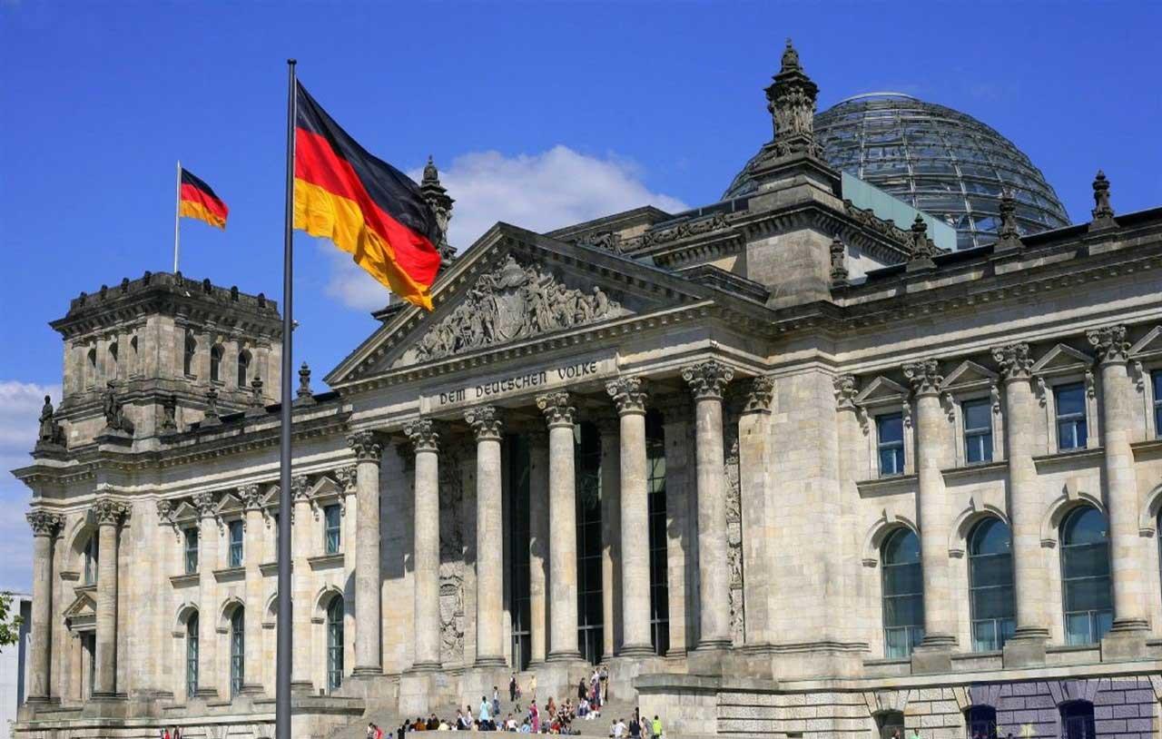 Как переехать в Германию на ПМЖ из России?