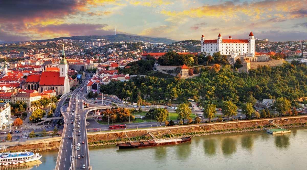 Словакию пмж где в европе самое дешевое обучение