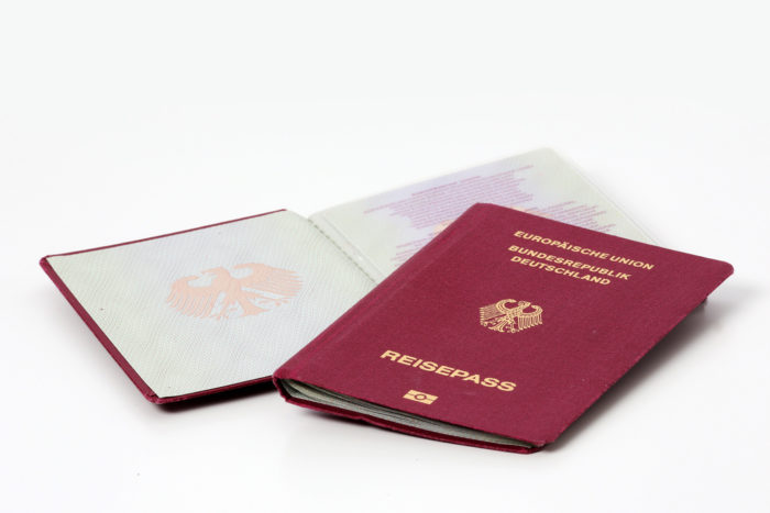 Как сделать визу в Германию на воссоединение семьи